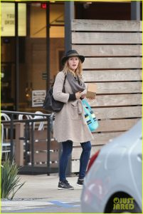 leighton-meester-is-in-great-spirits-during-latest-sighting-01