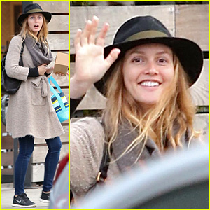 leighton-meester-is-in-great-spirits-during-latest-sighting