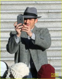 matt-lanter-gets-into-character-on-the-set-of-timeless-03