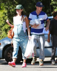 51510837 Very pregnant Rachel Bilson and her boyfriend Hayden Christensen out for a camping trip in Ventura, California on August 24, 2014. The pair have decided to skip tomorrow's Emmy awards to enjoy some alone time in the woods. FameFlynet, Inc - Beverly Hills, CA, USA - +1 (818) 307-4813