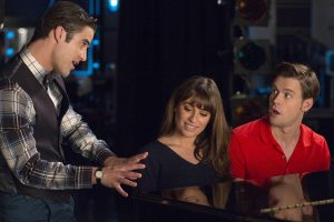 "GLEE: Blaine (Darren Criss, L) gives Rachel (Lea Michele, C) and Sam (Chord Overstreet, R) advice in the ""The Hurt Locker, Part One"" episode of GLEE airing Friday, Jan. 23 (9:00-10:00 PM ET/PT) on FOX. ©2014 Fox Broadcasting Co. CR: Adam Rose/FOX"